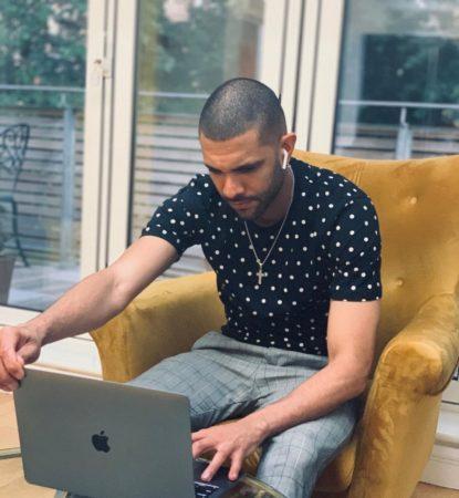 Atuando no futebol inglês, Victor Lourenço também se destaca como empresário em Londres