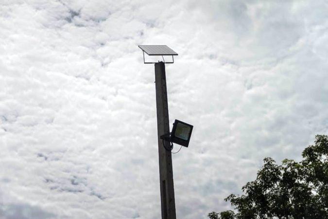 Pereira Barreto investe em geração de energia solar para os postes de iluminação