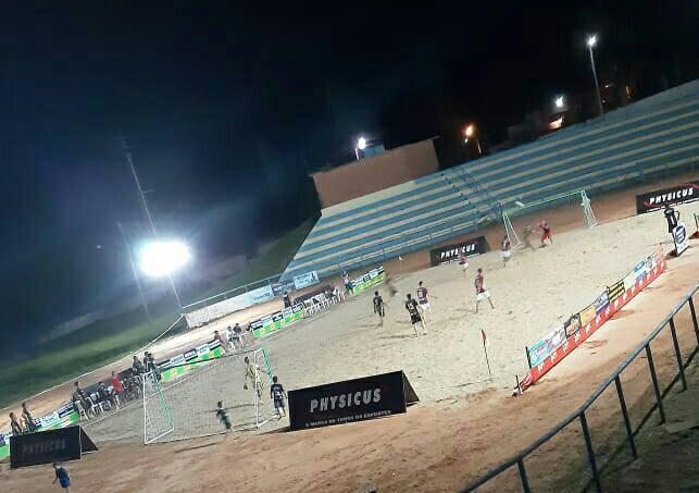 Finais do torneio de beach soccer acontecem hoje