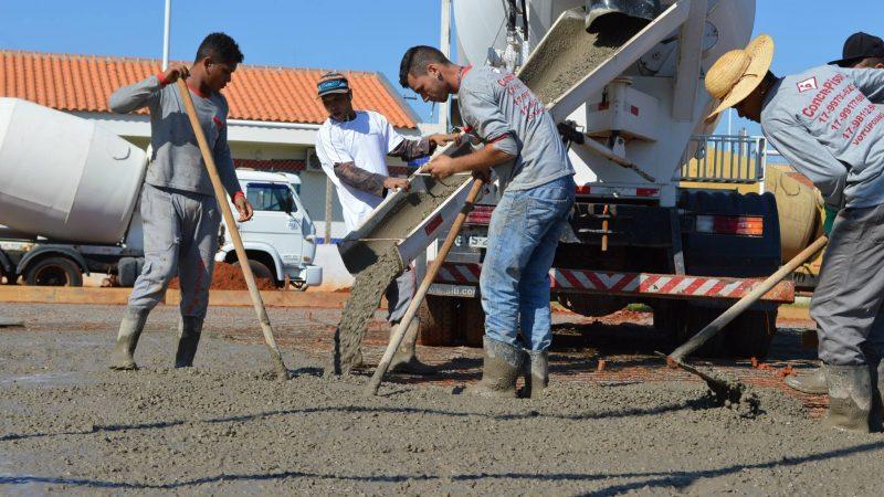 Emprego na construção alcança maior nível em sete anos