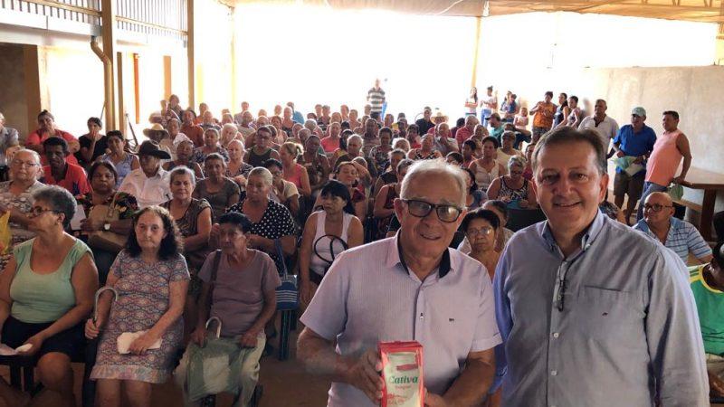 Guzolândia inicia distribuição de leite para idosos