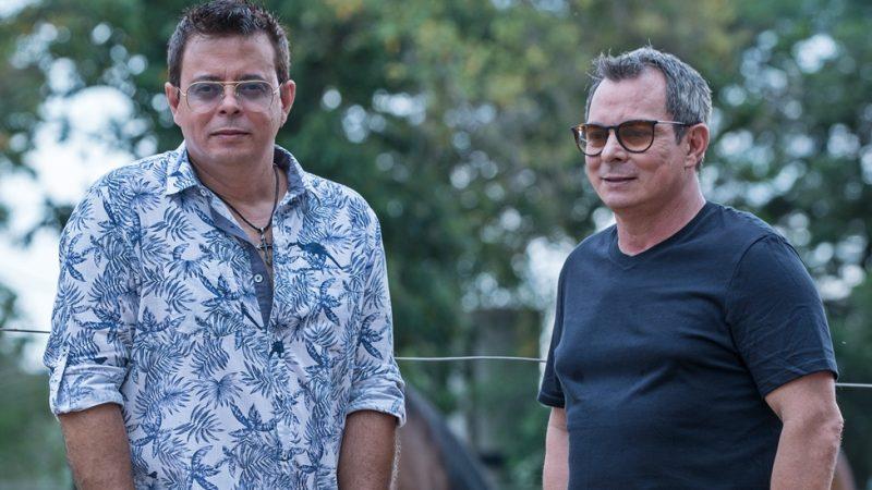 Ataíde & Alexandre confirmam presença no mega-show da Hits FM