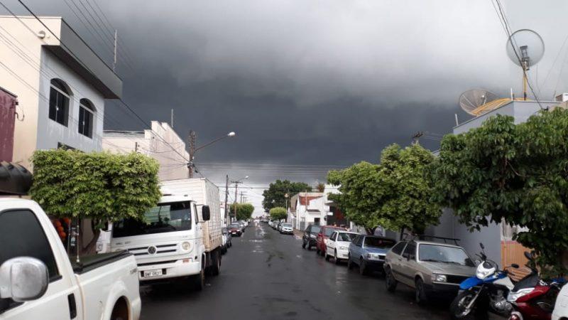Alerta para chuva forte nesta quinta-feira