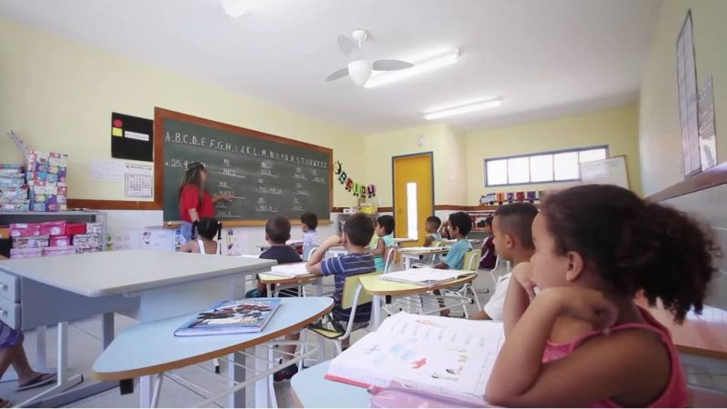 Com mudanças, aulas nas escolas municipais retornam dia 3
