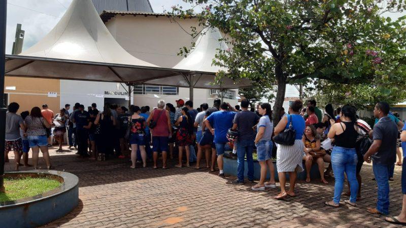 Mais de 2,3 mil pessoas retiram senhas para o sorteio da CDHU