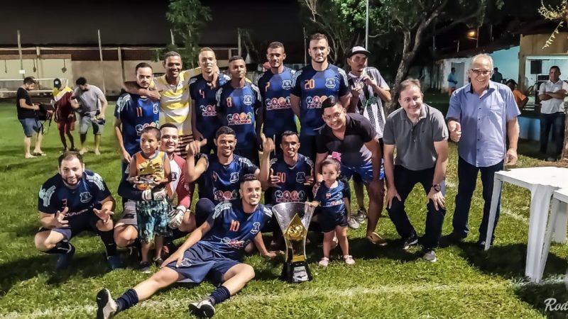 Nos pênaltis, Ousadia FC conquista torneio de futebol em Guzolândia