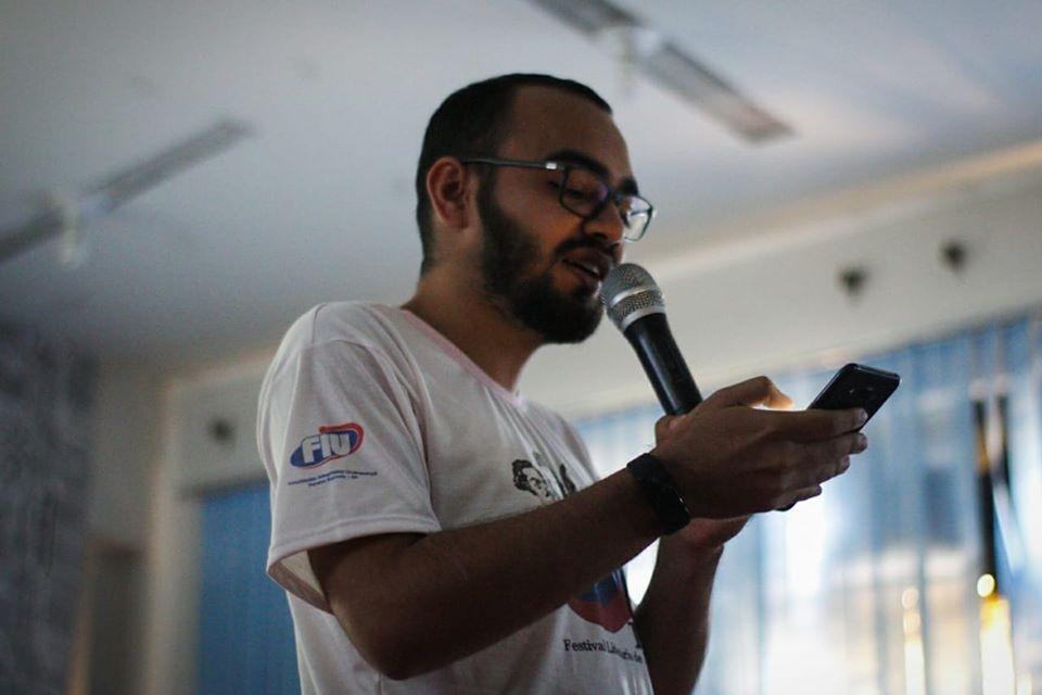 Escritores da região podem participar de concurso literário