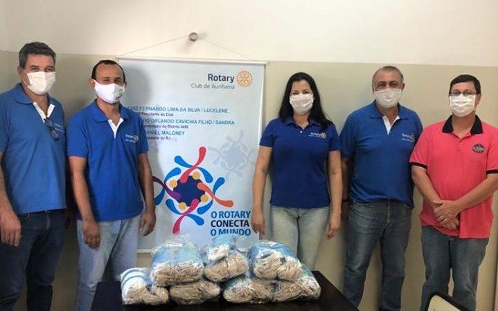 Rotary Club doa 700 máscaras para a Santa Casa de Auriflama