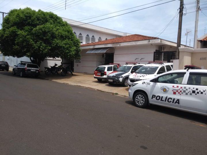 Polícia prende suspeito de furtar R$ 27 mil em cheques de serralheria em Auriflama
