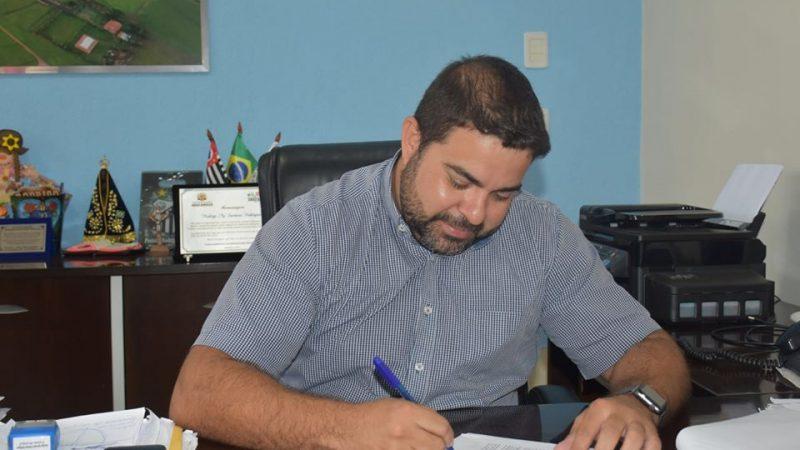 Rodrigo Santana completa 21 dias internado na UTI com covid-19