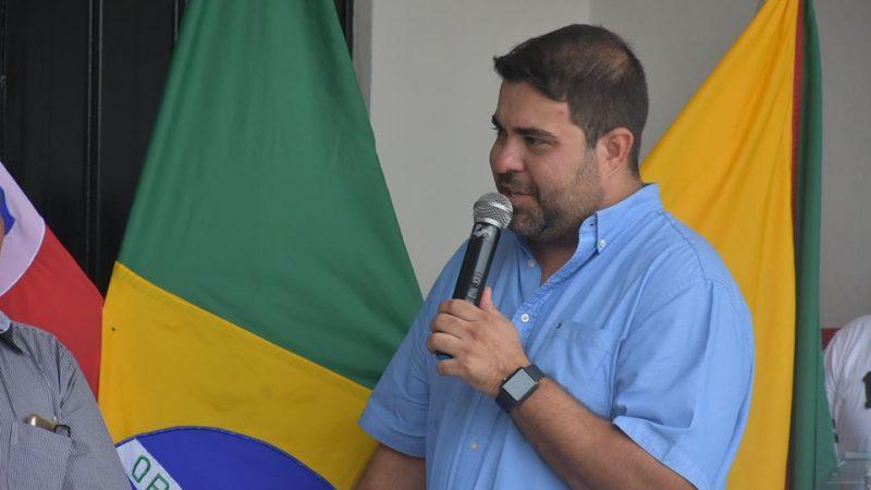 Rodrigo Santana segue internado na UTI com coronavírus