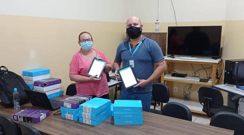 Agentes de saúde de Sud Mennucci recebem tablets para agilizar atendimentos
