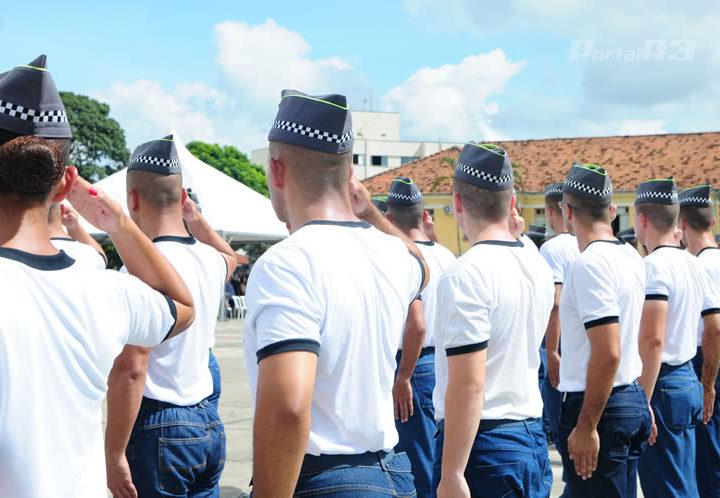 Mais 5,8 mil policiais militares e civis são contratados pelo Governo do Estado