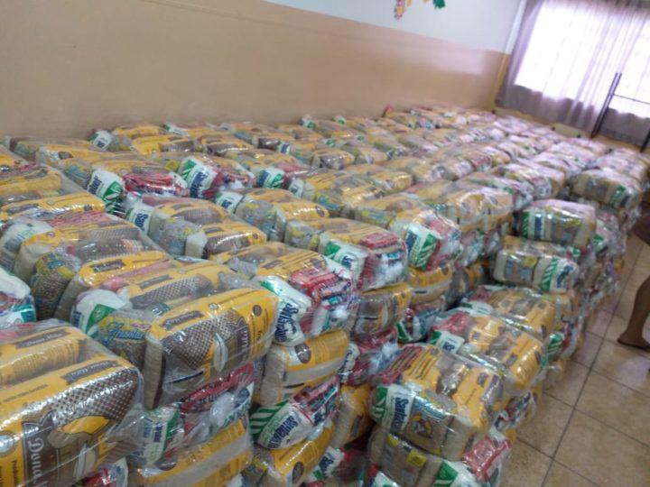 Guzolândia entrega mais dois lotes do kit merenda aos alunos da rede municipal