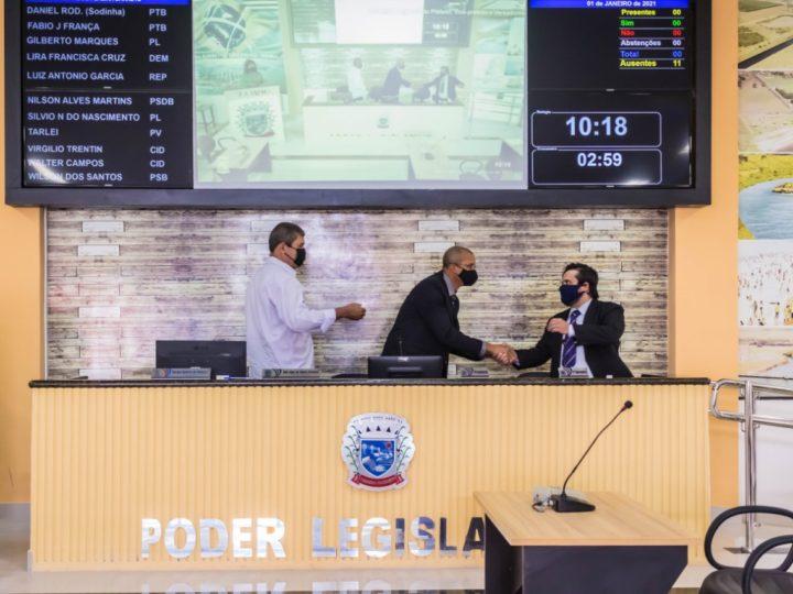Com cerimônia on-line, prefeito, vice e vereadores tomam posse em Pereira Barreto