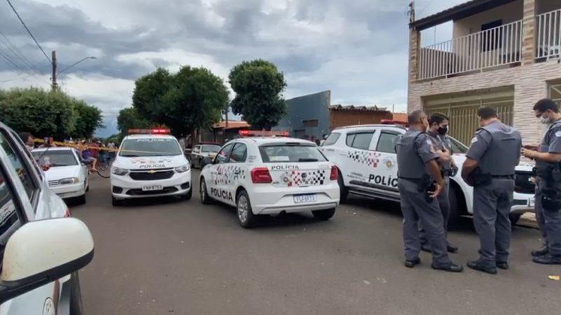 Homem mata mulher na frente das filhas em Pereira Barreto