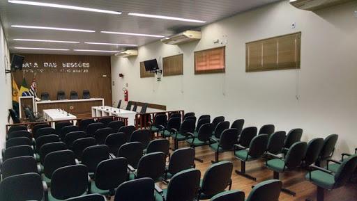 Justiça nega pedido de impugnação e mantém vereadores do DEM de Aracanguá no cargo