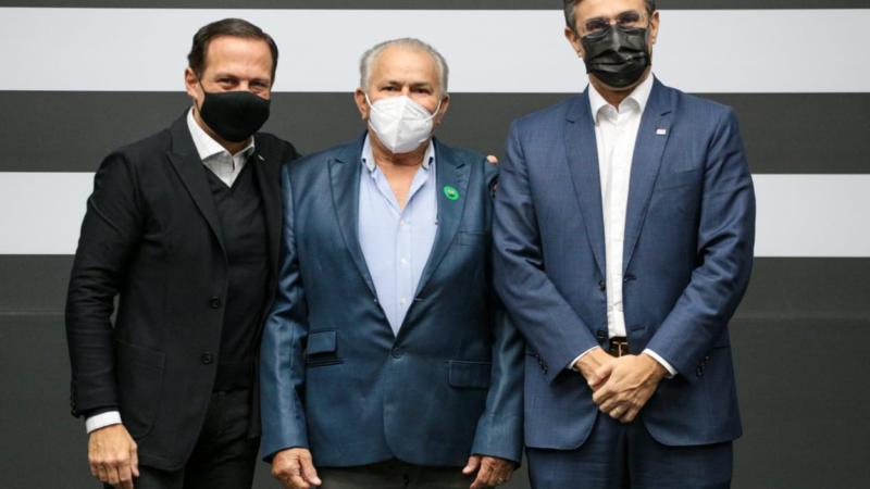 Roberto Doná cumpre agenda no Palácio dos Bandeirantes em São Paulo