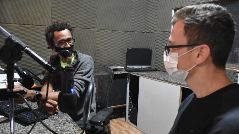 Departamento de saúde e rádio criam programa informativo sobre COVID-19 em Aracanguá