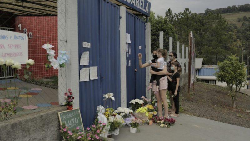Assassino de crianças e profissionais de creche em SC tem alta e vai para presídio