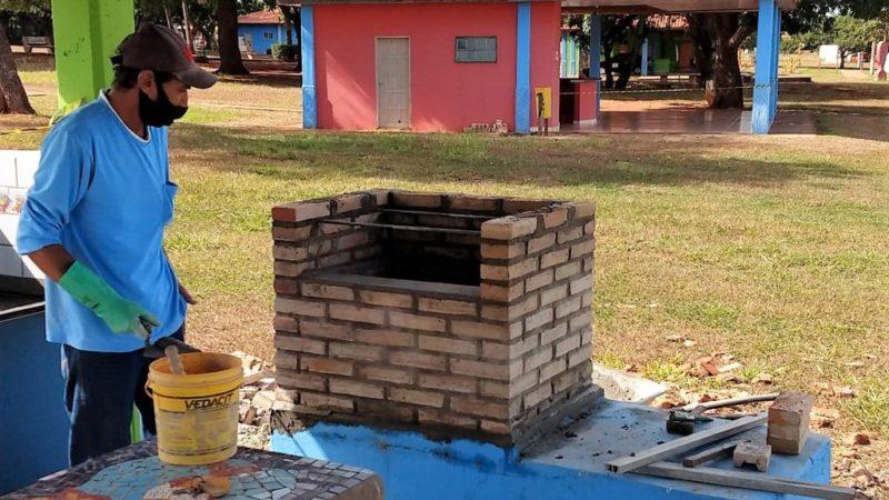 Estrutura da praia Pôr do Sol, em Pereira Barreto, recebe melhorias