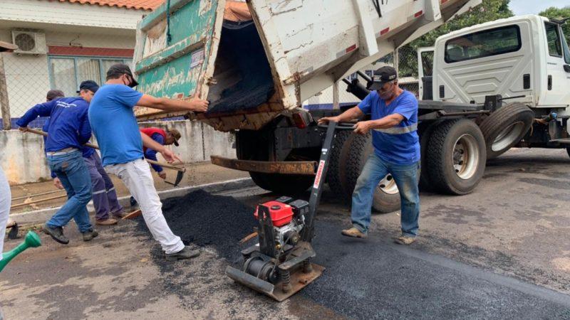 Prefeitura constrói lombadas nas ruas Antônio Cavassan, Alfredo Dainezi e João Marcolino